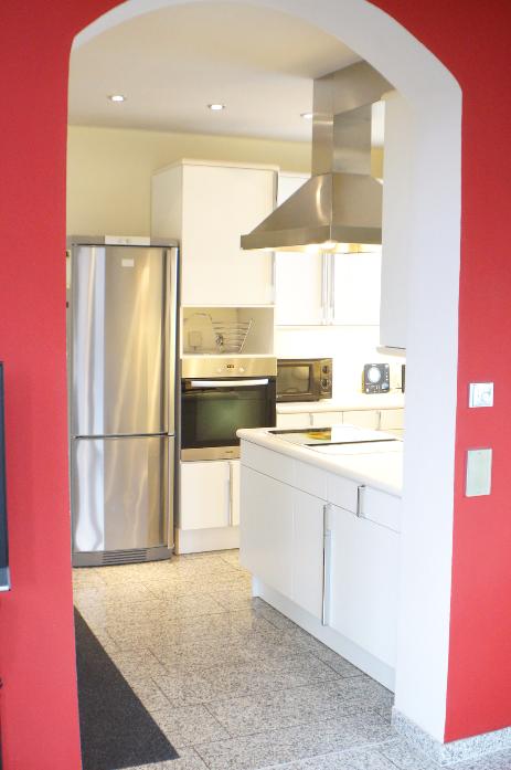 wohnung ahrtraum. Black Bedroom Furniture Sets. Home Design Ideas